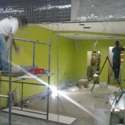 Realizando a Obra Cacau Show - Shopping Center Rio Claro