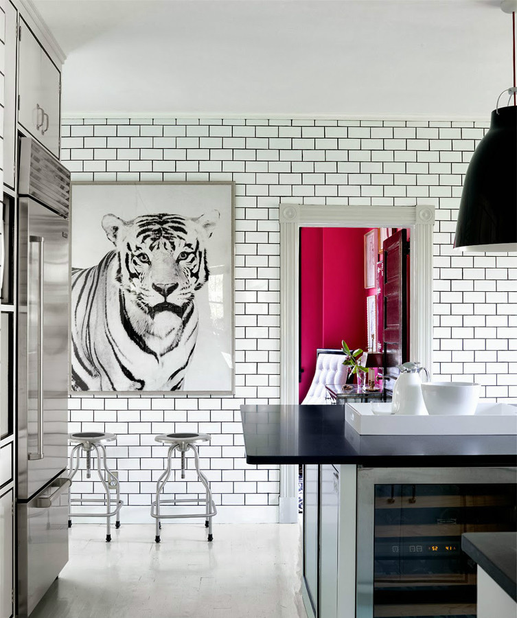 Azulejos tipo metro um classico que volta entre o vintage for Best brand of paint for kitchen cabinets with art wall prints