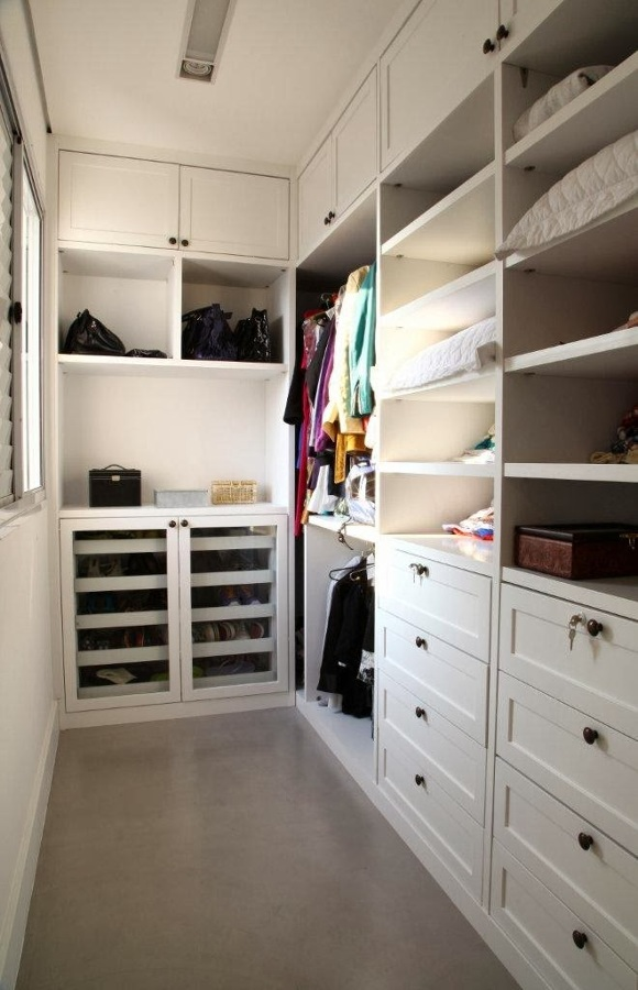 large closet and plane - photo #5