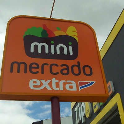 Obra do mini mercado extra